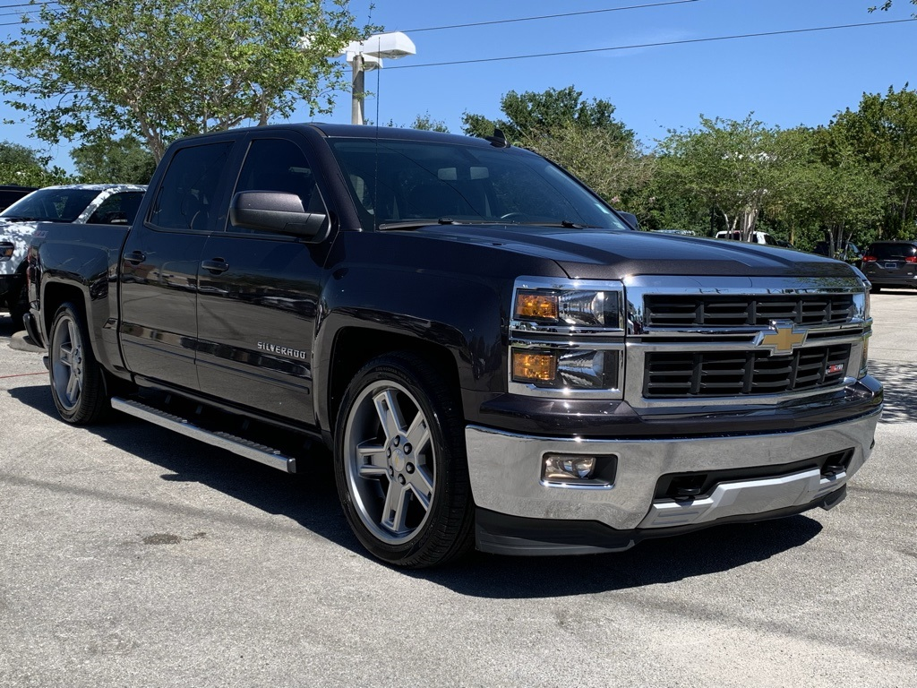 Pre Owned 2015 Chevrolet Silverado 1500 Lt 4d Crew Cab In Davie