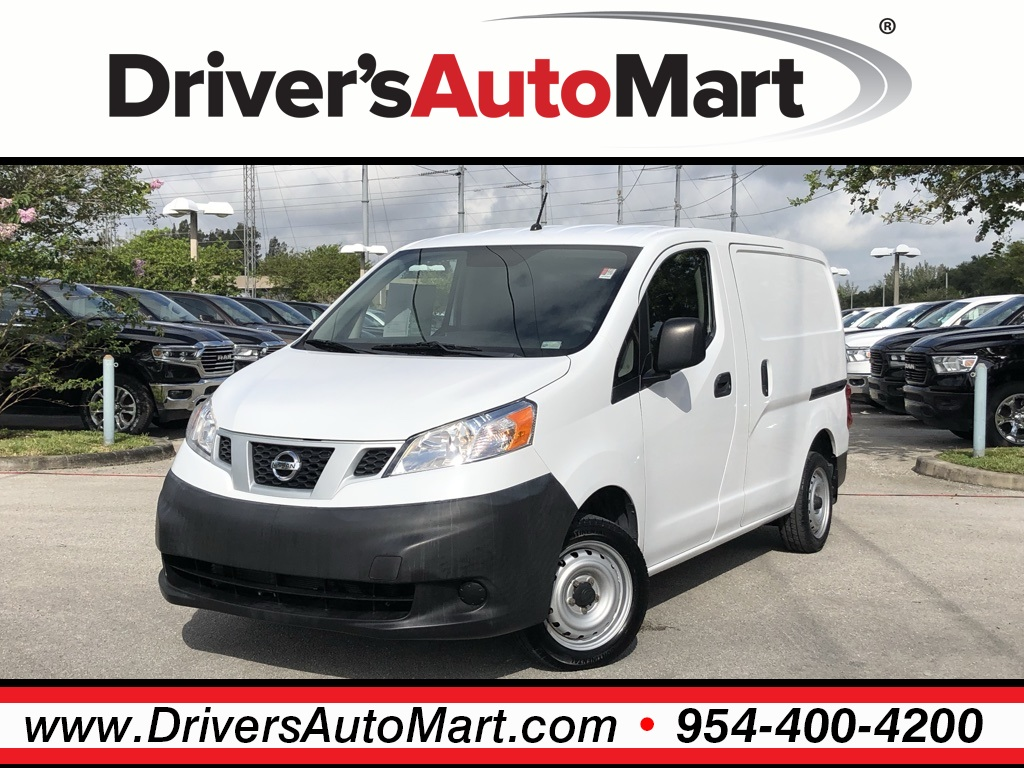 Pre-Owned 2014 Nissan NV200 S